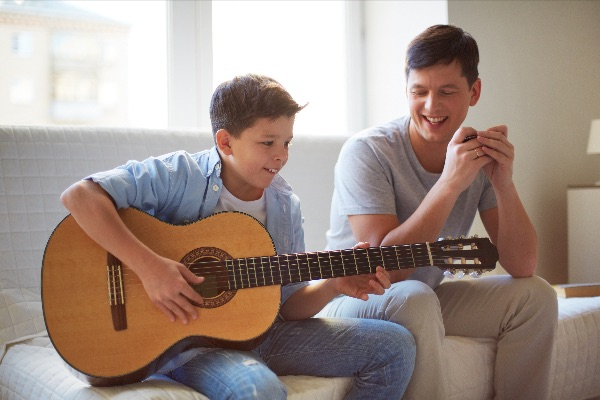 New guitar course for parent and child
